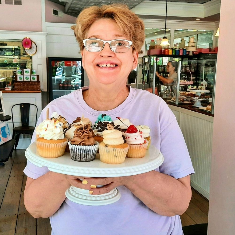 Sweet as Cupcakes: Linda Tyndall's Job Fosters Independence